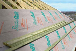 Installation of breathable membrane on a roof