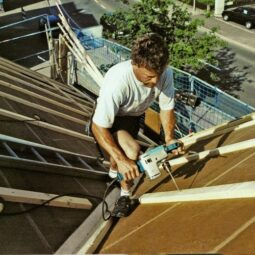 Insulating a roof